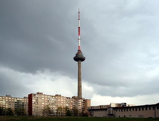 627px-Vilnius_-_TV_tower