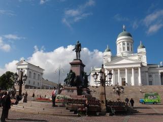 Plac Senacki, Helsinki Autor zdjęcia: Ugmedia Źródło: Pixabay